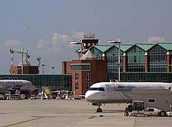 Aeroportul Venetia