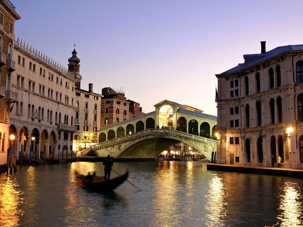 Podul Rialto Venetia -Noaptea