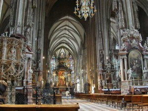 Stephansdom Viena Interior