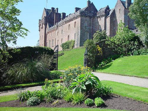 Top 10 cele mai frumoase castele din europa Bcf5676