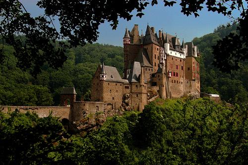 Top 10 cele mai frumoase castele din europa Bec568