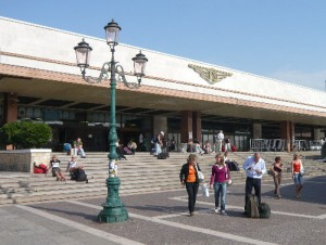 Gara Santa Lucia